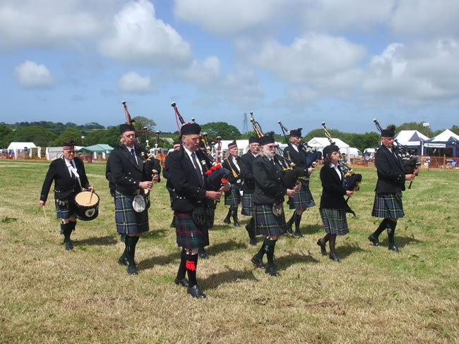 Kernow Pipes and Drums at Tractor Rally Penhale 2013