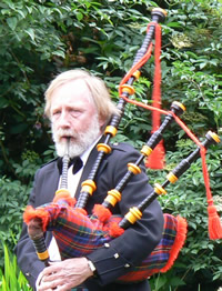 Allan Downie Kernow Pipes and Drums