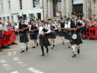 kernow pipes and drums at wadebridge carnival 2016