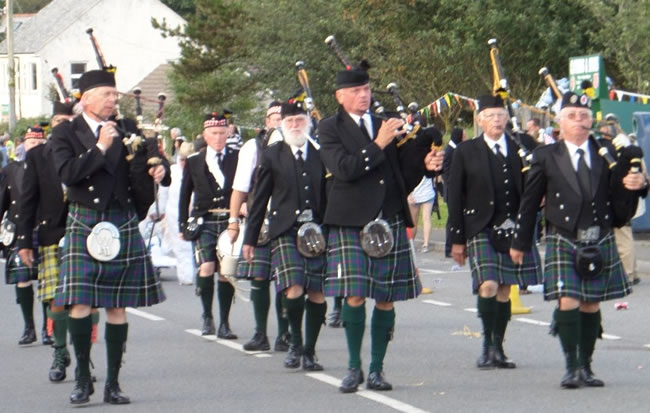 Kernow Pipes and Drums at Delabole carnival 2014