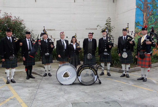 kernow pipes and drums at launceston carnival 2015