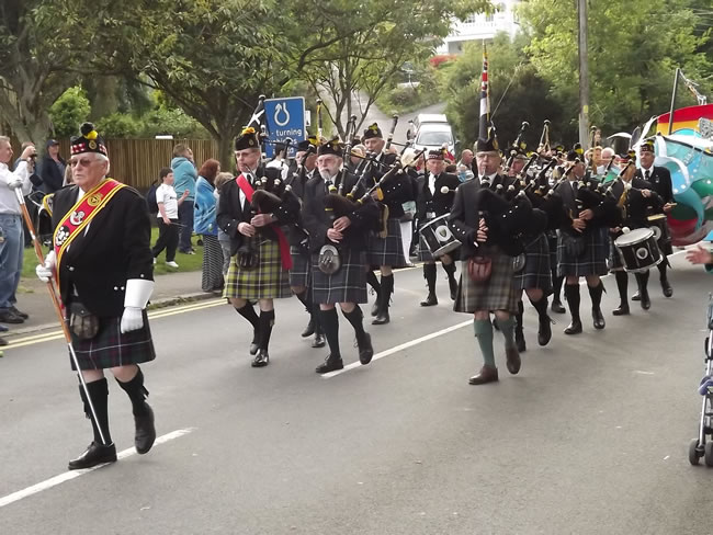 Kernow Pipes & Drums at Mevagissey carnival 2013