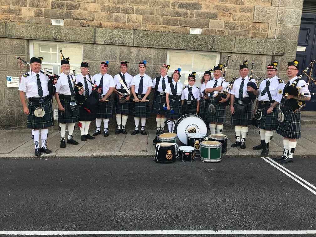 Kernow Pipes and Drums at Mazey Day, Golowan 2018