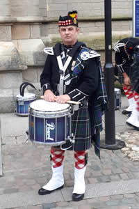 snare drummer matt of kernow pipes and drums