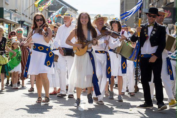 Golowan Festival Mazey Day 2019