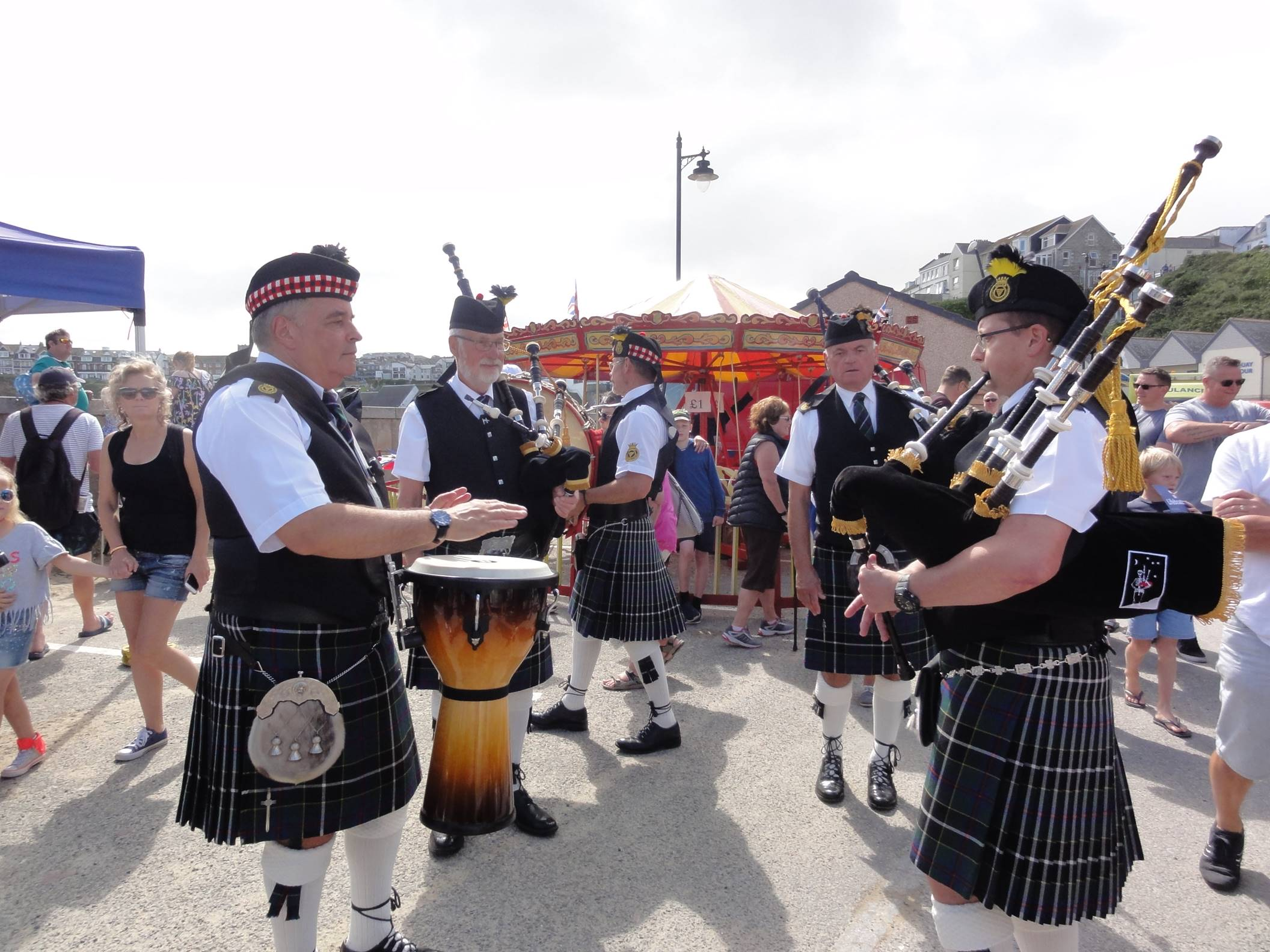 kernow pipes and drums at newquay lifeboat day 2019